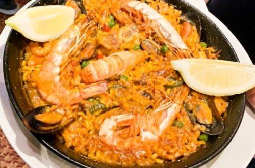 Sur la route du Pas de la Case en montagne on trouve un Restaurant en Andorre une très bonne adresse pour la paella avec les fruits de mer, et autre plats régionaux