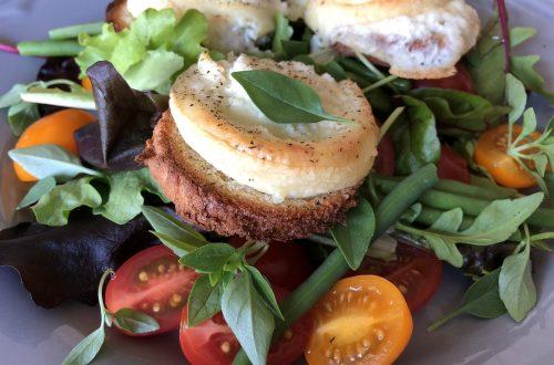 Manger Salade de chèvre chaud au miel Restaurant Pas de la Casa Andorra El Carlit Steak House